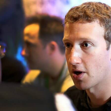 Zuckerberg Warns Facebook Advertisers of Tipping Point Ahead